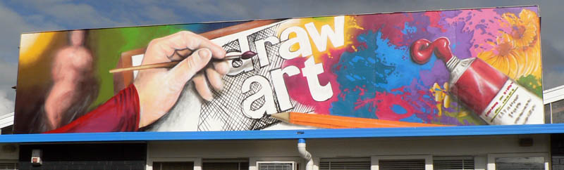 draw art sign and a chalkboard nz murals and graffiti art